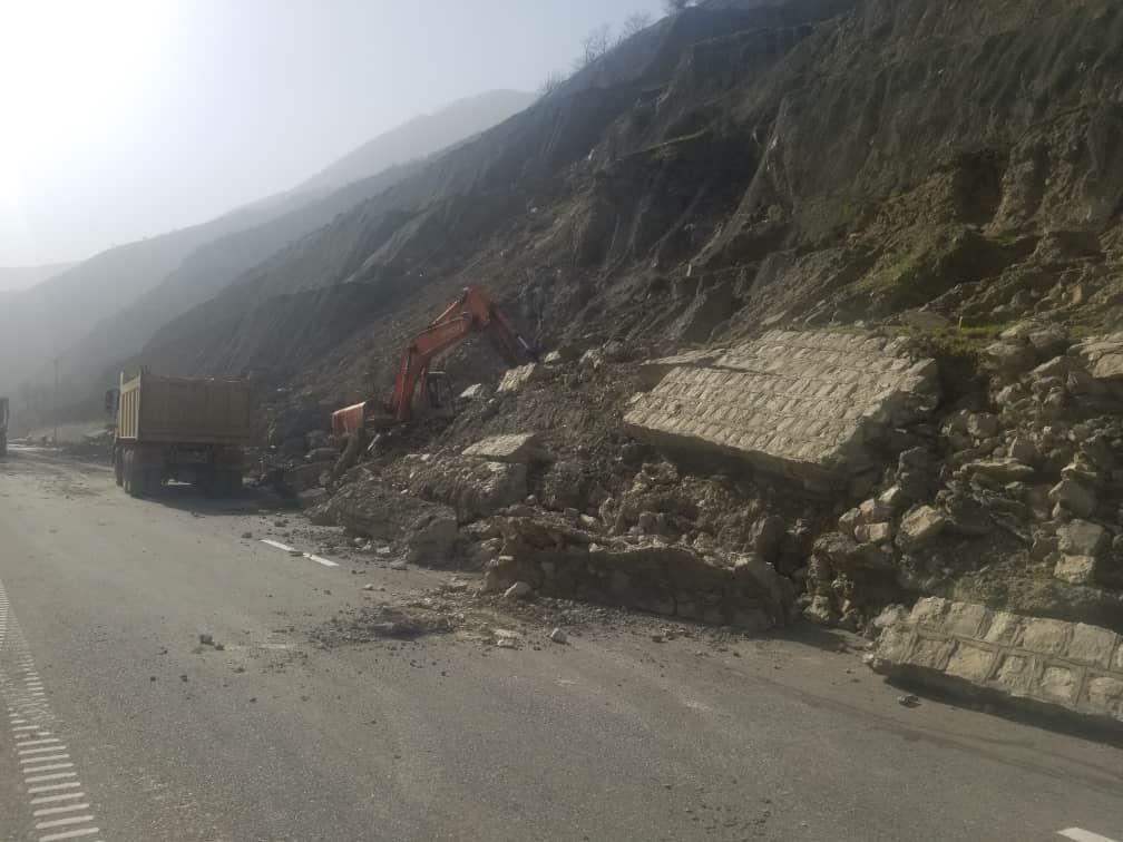 آخرین جزئیات از ریزش کوه در قطعه ۴ آزادراه تهران-شمال