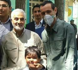 تصویری از آخرین حضور شهید قاسم سلیمانی در انتخابات
