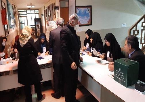 انتخابات مجلس/کرمانشاهیان برای رقم زدن سرنوشت ایران پای کار هستند+عکس