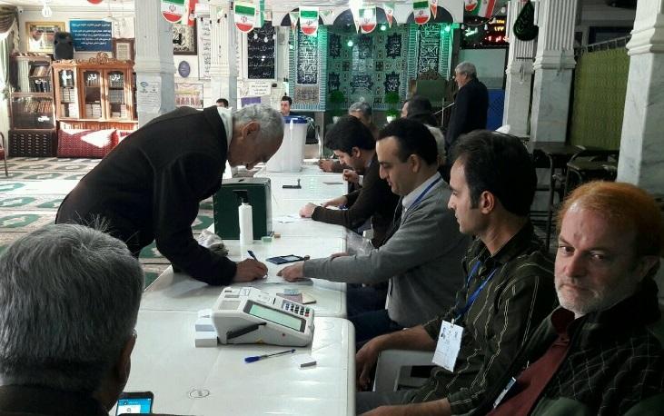ثبت اثر انگشت رای در استان مرکزی نیاز نیست