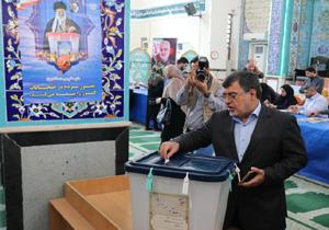 انتخابات مجلس؛ استاندار هرمزگان رای داد