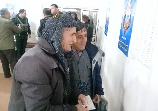 حضور مردم انقلابی کردستان پای صندوقهای اخذ رآی + تصویر