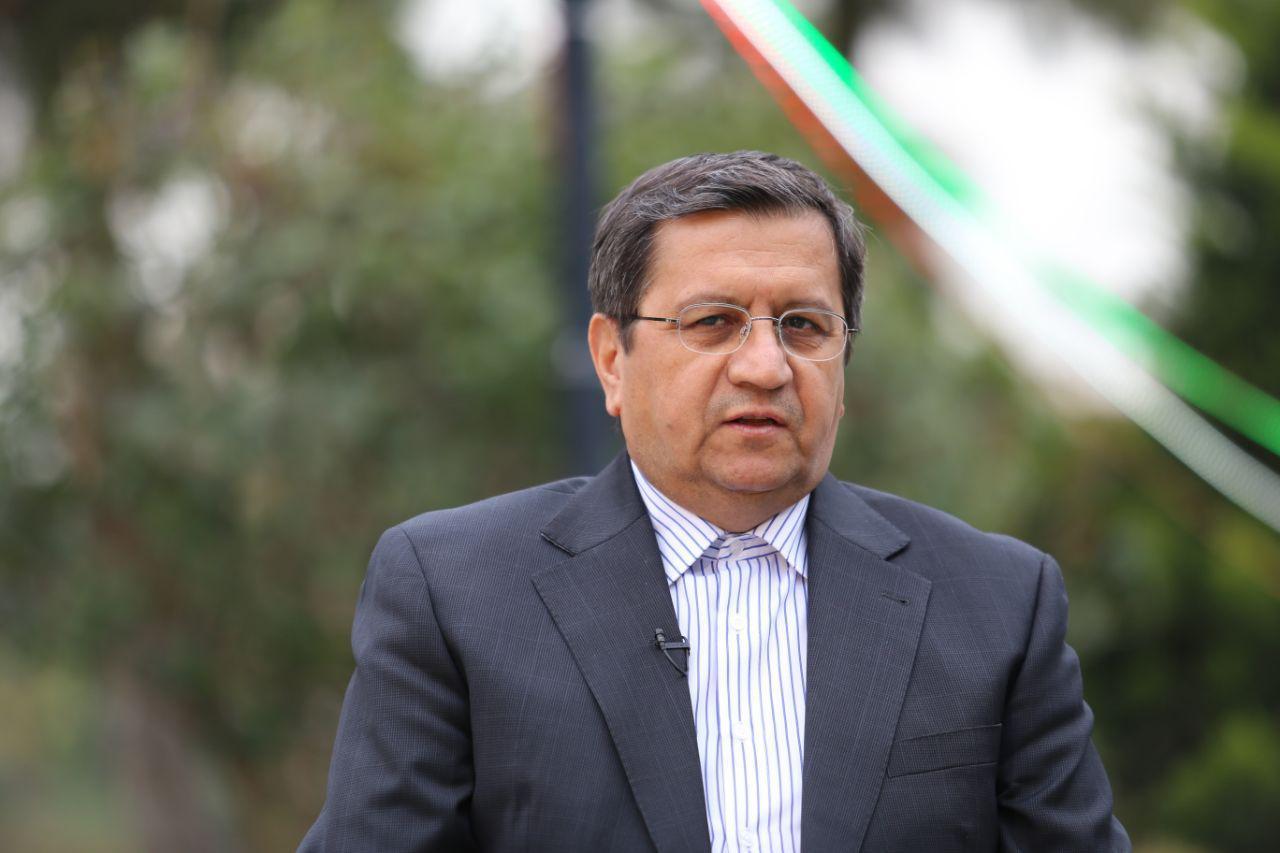 حضور رئیس کل بانک مرکزی پای صندوق رای
