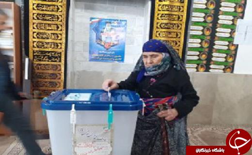 انتخابات مجلس؛ حضور پر شور مردم استان سمنان در انتخابات مجلس