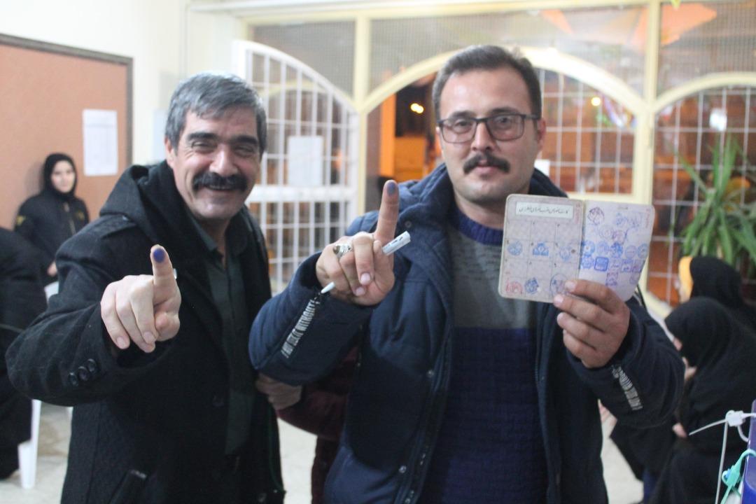 جلوه ای از حضور مردم ملایر در انتخابات مجلس