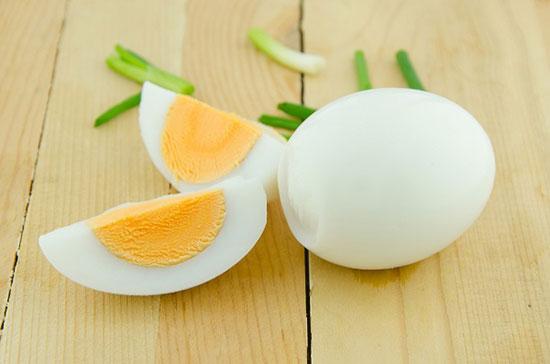 ۹ باور اشتباه رایج درباره تخممرغ که شاید شما هم پذیرفته باشید