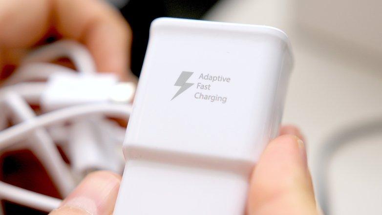 11533729 472 - چگونه عمر باتری گوشی خود را افزایش دهیم؟