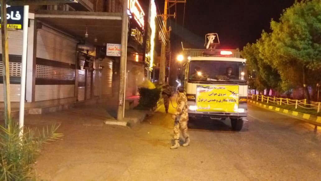 ضد عفونی معابر عمومی شهر دزفول توسط تیمهای رفع آلودگی پایگاه شهید وحدتی