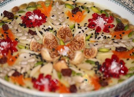 طرز تهیه آش عاشوره یا آشوره یا پودینگ حضرت نوح (نذری محلی محرم در ترکیه)