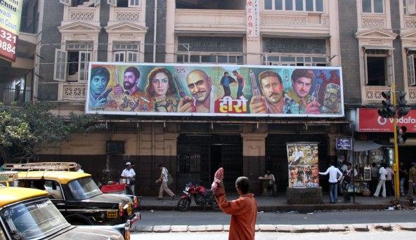 کرونا فیلمبرداری پروژههای سینمایی هند را متوقف کرد
