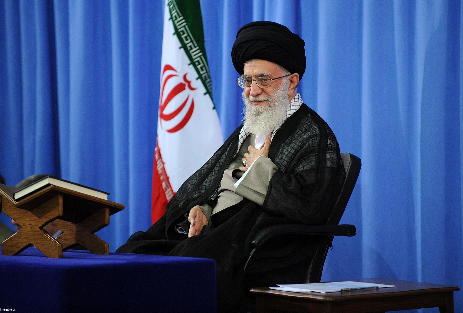 موافقت رهبر انقلاب با عفو یا تخفیف مجازات محکومان