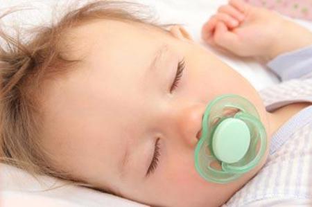اصول انتخاب سیسمونی نوزاد + نکات کلیدی