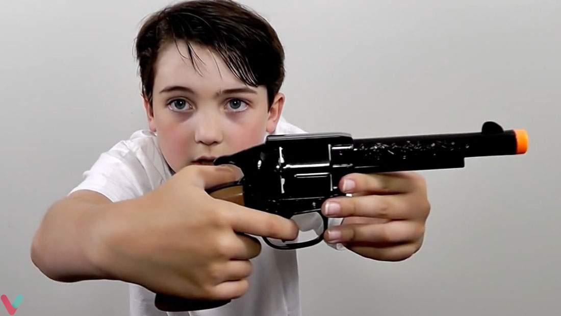 ۱۰ اسباب بازی خطرناکی که تاکنون ساخته شده است