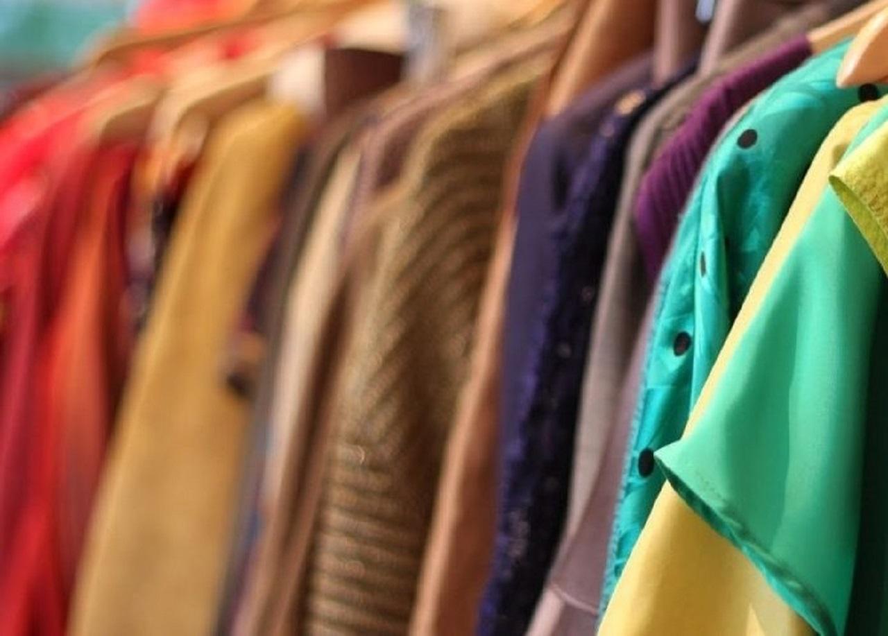 چطور لباسهای آب رفته را به حالت اول برگردانیم؟