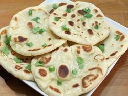 طرز تهیه نان خوشمزه هندی بدون نیاز به تنور