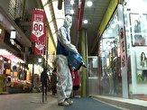 باشگاه خبرنگاران - ضدعفونی کردن بازار محلی سئول برای جلوگیری از انتشار ویروس کرونا + فیلم