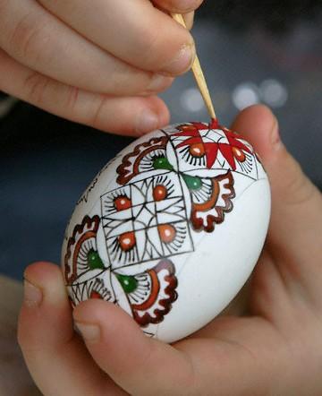آمورش رنگ کردن تخم مرغ سفره هفت سین