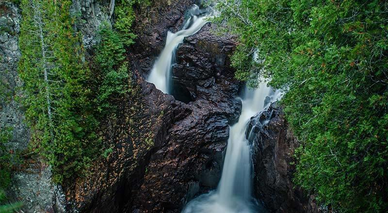 آبشاری مرموز که به کتری شیطان معروف است