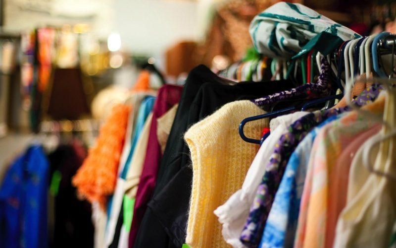 قاچاق پوشاک نفس تولیدکنندگان داخلی را بند آورده است/ از بین رفتن هزاران فرصت شغلی به دنبال قاچاق پوشاک