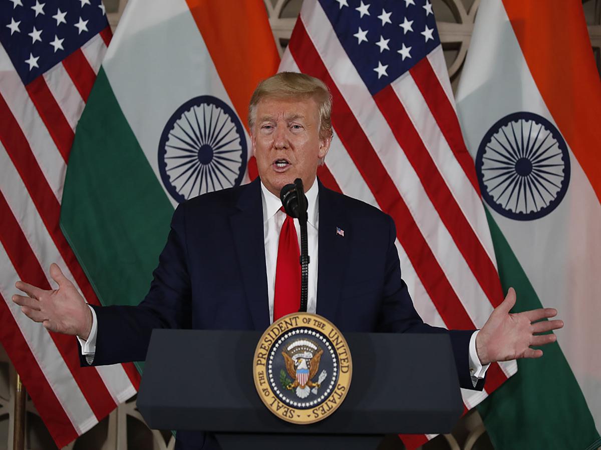 هندی صحبت کردن ترامپ سوژه جدید کمدین معروف آمریکایی شد + فیلم