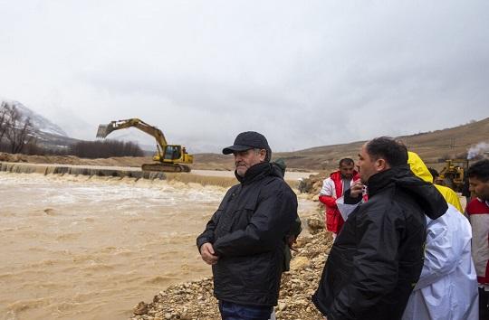آخرین اخبار از سیلاب در چهارمحال و بختیاری/ رودخانه بازفت طغیان کرد