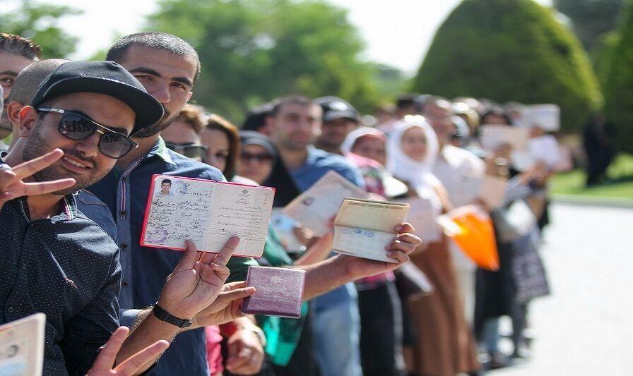 مشارکت بیش از ۴۲۷ هزار نفر از مردم استان مرکزی در انتخابات مجلس یازدهم