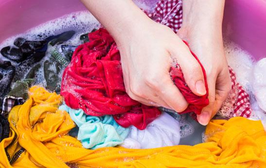 قیمت انواع مواد شوینده لباس چقدر است؟