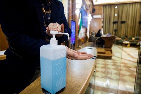 خط تولید محلول ضد عفونی دست در مشهد راه اندازی شد
