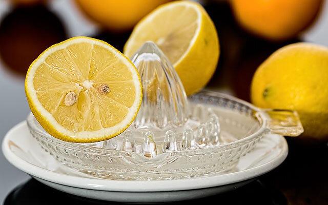 ۷ نوشیدنی برای پاکسازی کلیهها به طور طبیعی