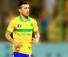 رحمانی: اسکوچیچ به ناحق مرا روی نیمکت مینشاند/ خواهشا لیگ برتر فوتبال را تعطیل کنید