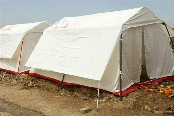 شبکه بهداشت و درمان و جمعیت هلال احمر بوکان چادر مشترک سلامت برپا کردند