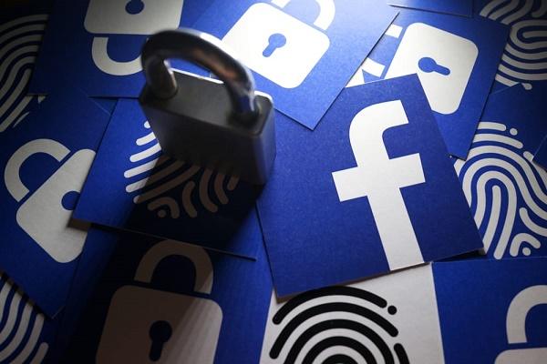 فیسبوک اطلاعات ایمیل و فهرست مخاطبان بیش از ۱.۵ میلیون کاربر خود را ذخیره کرده است!