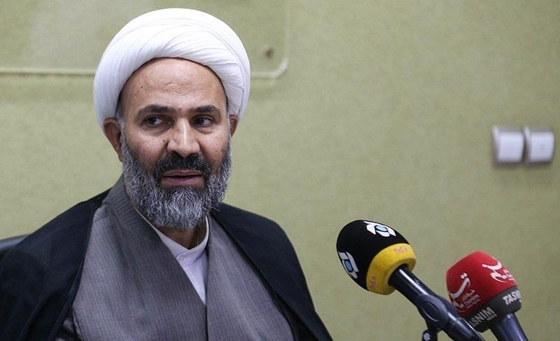 پژمانفر: وزیر ارتباطات اصلیترین مخالف شبکه ملی اطلاعات است/ آذری جهرمی به جای توییتبازی پاسخگو باشد