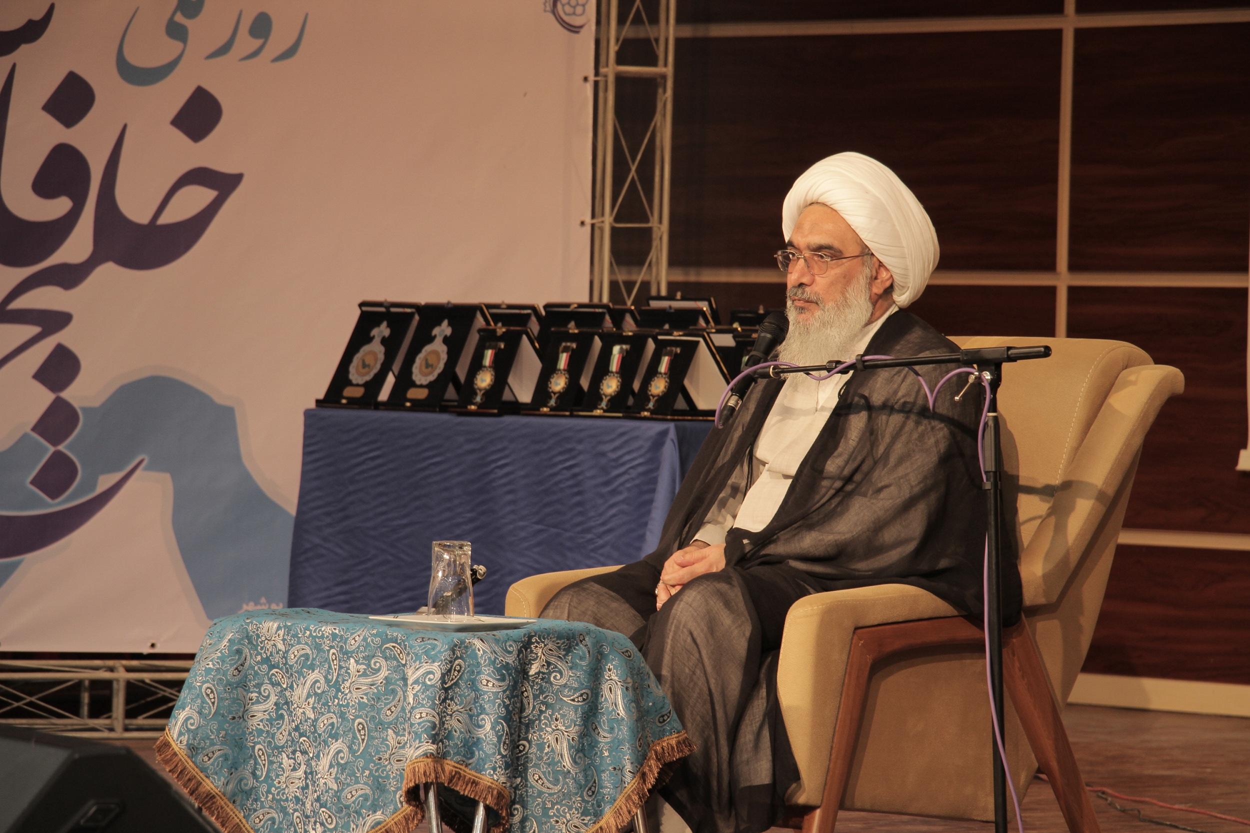 خلیج فارس سند خدمت مردم تمدن آفرین ایران است