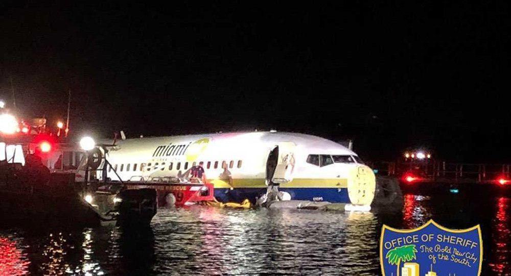 سقوط هواپیمای بوئینگ ۷۳۷  در رودخانهای در فلوریدا+ تصاویر