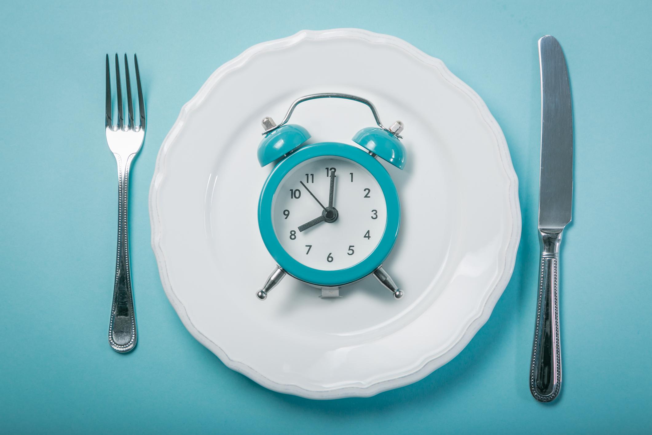 فواید شگفت انگیز روزه برای بدن / از پیشگیری از سرطان تاافزایش طول عمر!