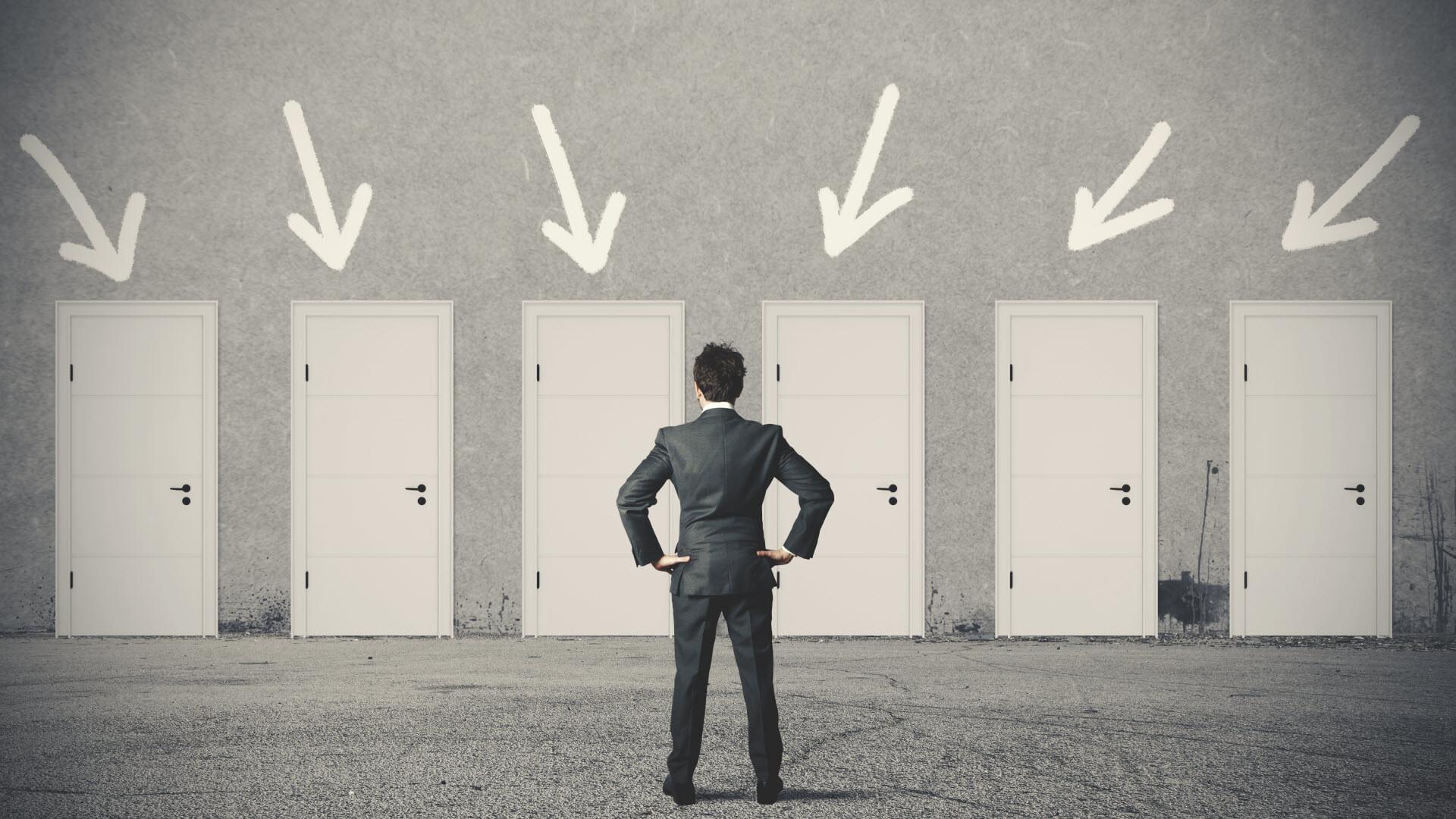 هیچوقت تصمیم اشتباهی در کار یا حرفهمان نگیریم