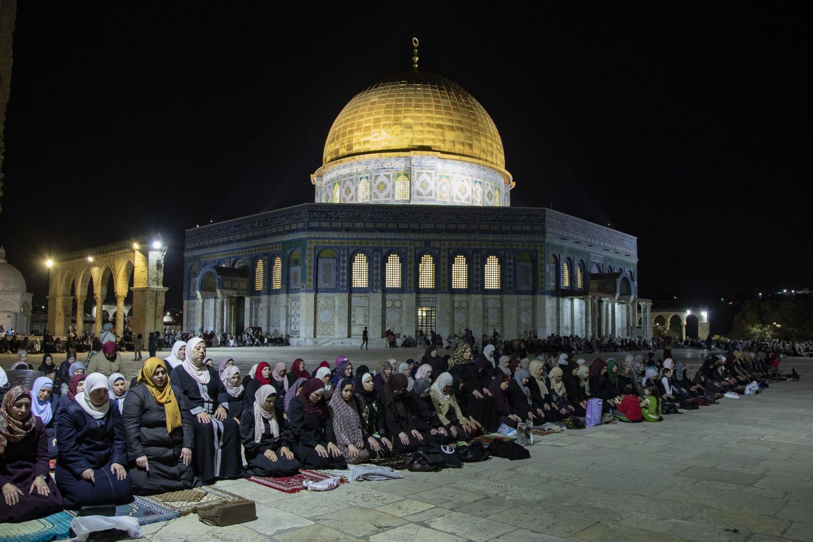نگاهی به اولین روز ماه مبارک رمضان در سراسر جهان