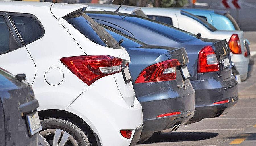 مسببان اصلی تلاطم بازار خودرو را بشناسید