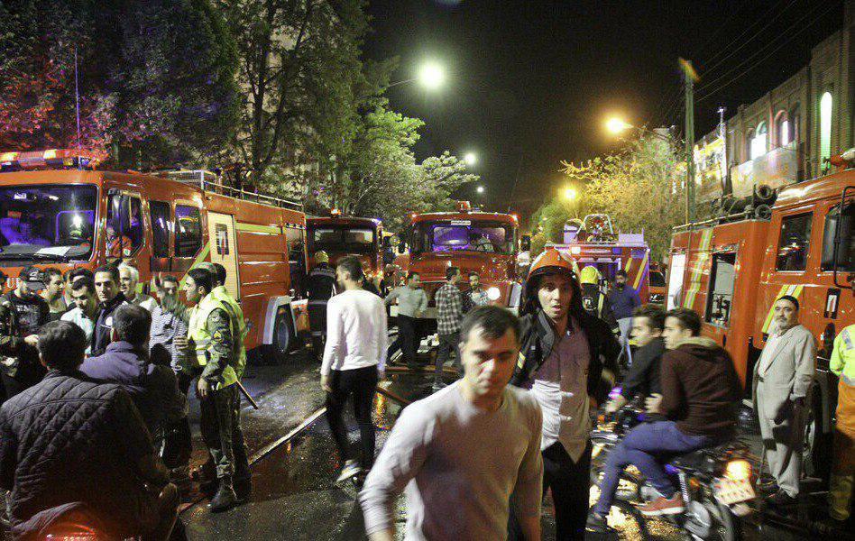 آتش سوزی بازار تبریز بهطور کامل مهار شد/ آمار مصدومان  آتش سوزی  به 29 نفر رسید+تصاویر و  فیلم