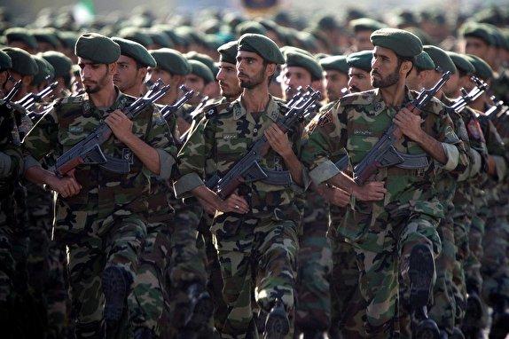 رویترز: آمریکا براى تعامل با سپاه معافیت از تحریم در نظر گرفته است