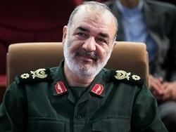 چهرههای سیاسی و نظامی انتصاب سردار سرلشکر سلامی به فرماندهی کل سپاه را تبریک گفتند