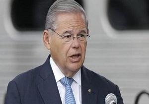 سناتور منندز: آنکارا مجبور به انتخاب بین اس-۴۰۰ و تحریم است