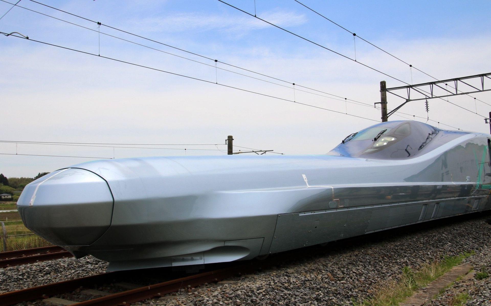رونمایی از سریعترین قطار جهان در ژاپن+ تصاویر