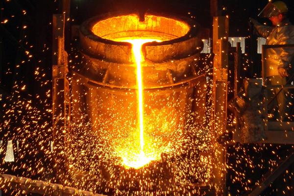 چقدر تحریمها بر صنایع فلزی ایران تاثیرگذار است؟/ بینیازی فولاد کشور به سرمایهگذاری خارجی