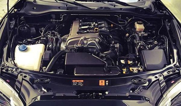 چگونه داخل موتور خودرو را شستشو دهیم؟ + تصاویر