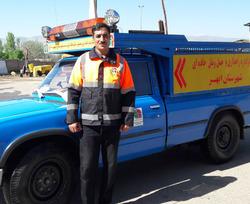 راهدار شهرستان ابهر، راننده و چهار سرنشین خودرو پژو روآ را از مرگ حتمی نجات داد