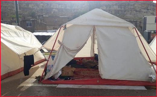 نگرانی سیلزدگان پلدختر از گرمای طاقتفرسا/چادرنشینان وسیله سرمایشی ندارند+تصاویر