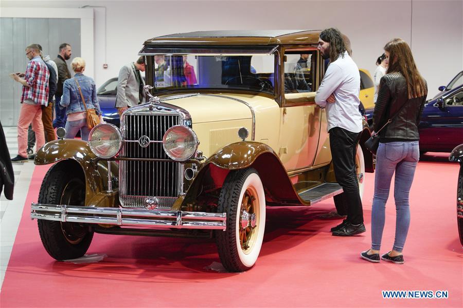نمایشگاه خودروهای کلاسیک در لهستان+تصاویر
