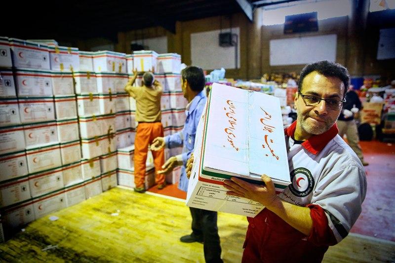 توزیع بیش از ۳۵ هزار بسته غذایی یکماه به مناطق سیل زده  در ماه رمضان